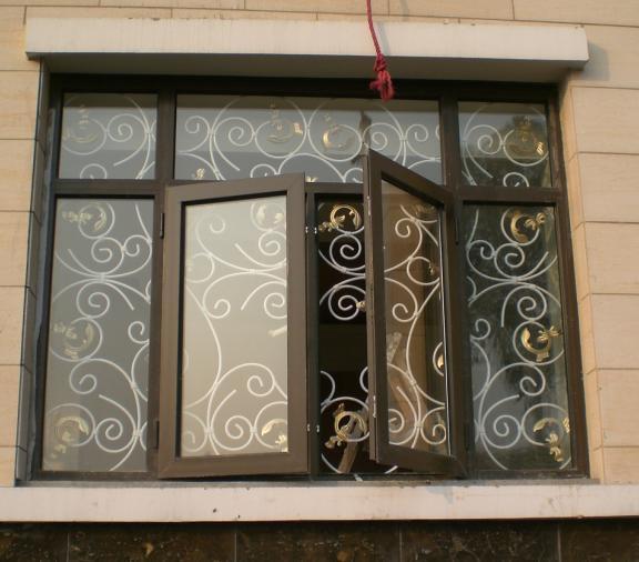 欧式铁艺窗户护栏