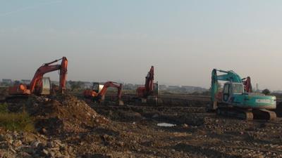 上海宝山区挖掘机出租场地平整,道路修建,河道清理,园林绿化