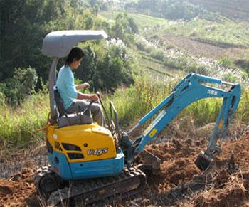 怒江久堡田kx155挖掘机液压系统维修