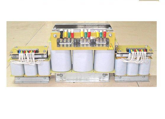 三相自耦變壓器,BK控制變壓器,三相變單相變壓器,定做變壓器廠家