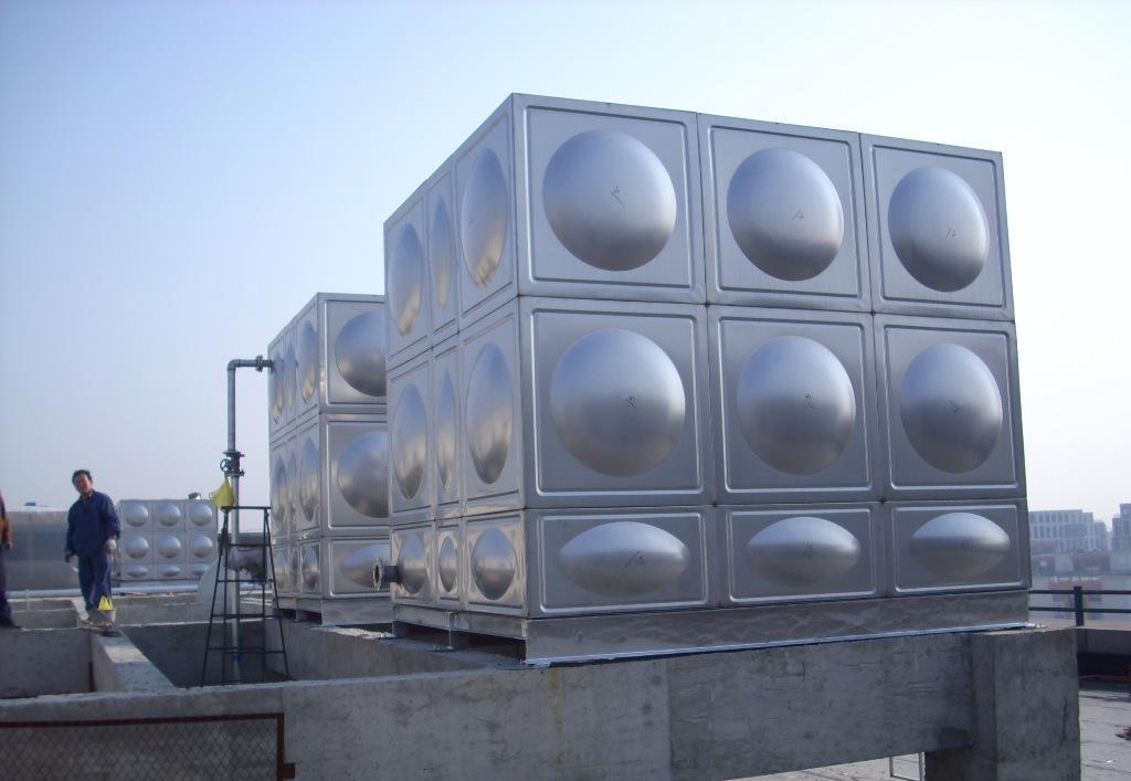 不锈钢水箱能不能地埋?组合式不锈钢水箱与装配式有什么区别?