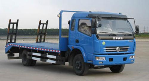 東風多利卡6檔挖機拖車