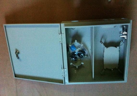 冷軋板48芯光纖配線箱 48芯光分路器箱生產