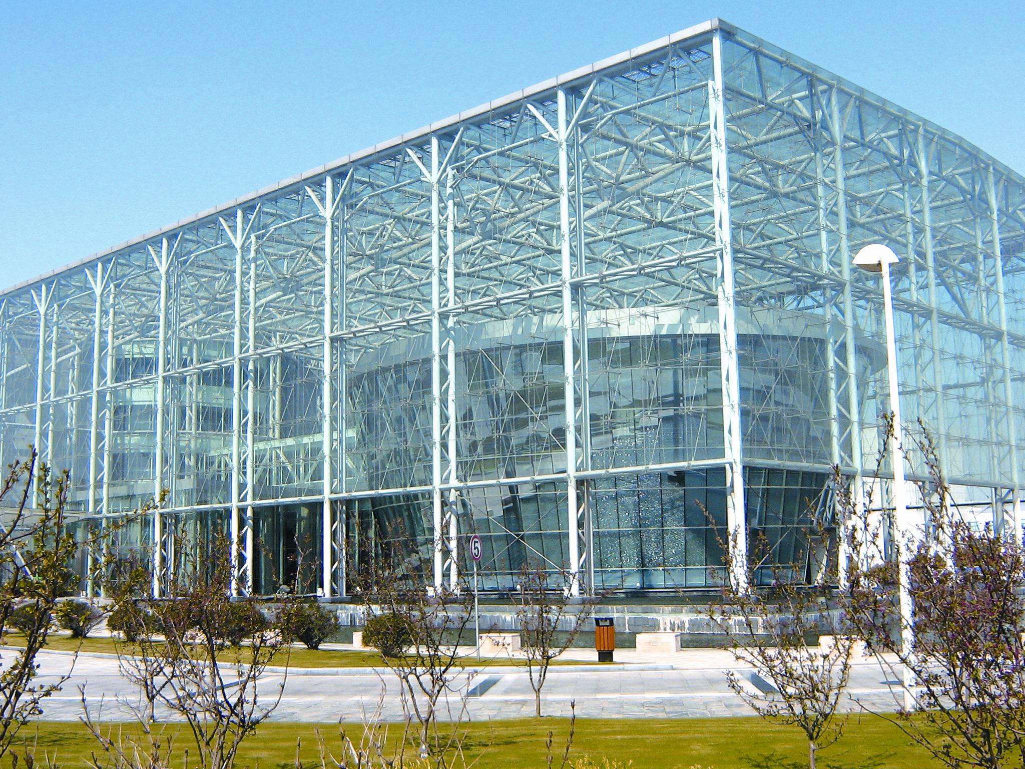 保定钢结构加工厂为大家介绍钢结构厂房施工