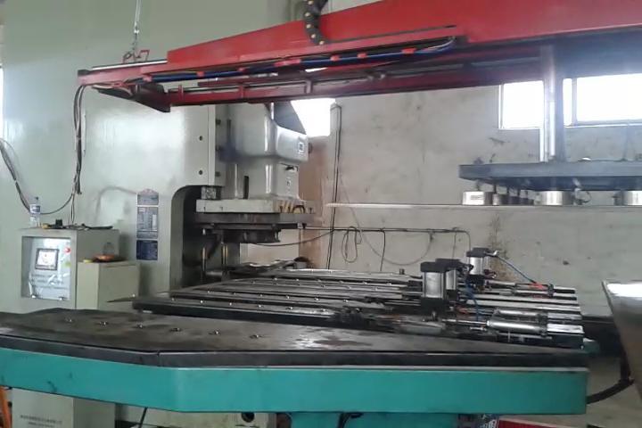 鐵板自動上料設備,數沖機自動上料機器