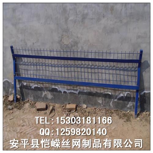高速铁路桥墩下用金属网片防护栅栏哪里有生产的