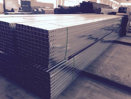 电缆桥架厂家特价销售大跨距一次成型槽式电缆桥架