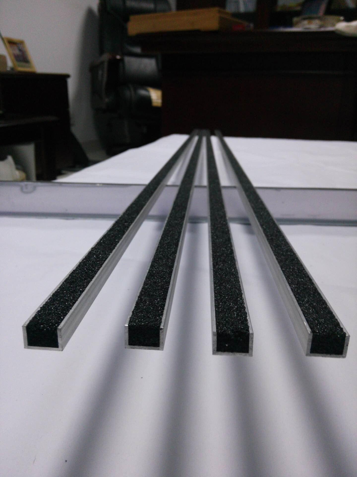防滑条  做法_变形缝,_南京翠湖建筑材料有限公司