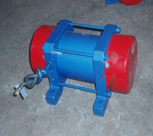 优质YZO-50-4振动电机价格/河南YZO-50-4振动电机价格