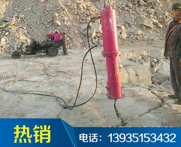 手动拆除新疆阿勒泰市劈裂机的操作方法