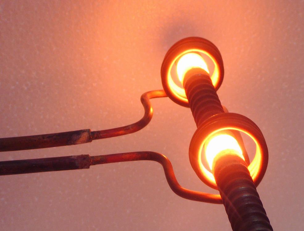 钢排钉在线淬火退火加热设备