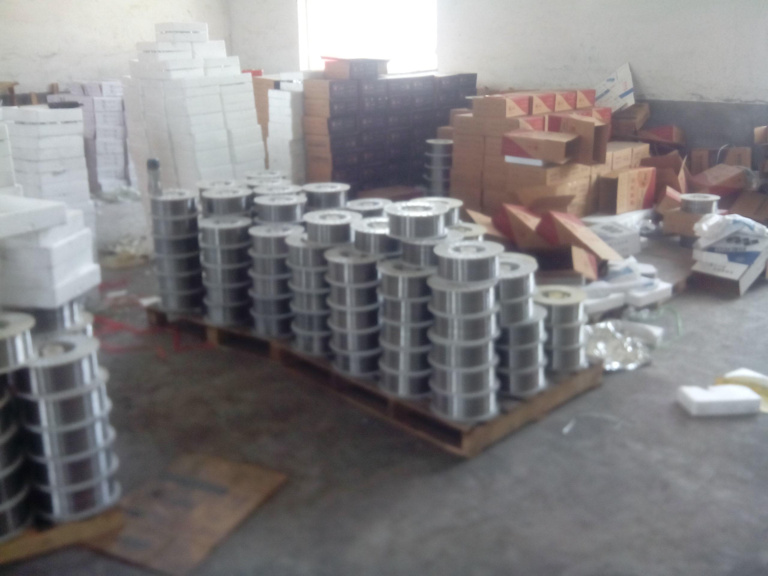 YD565耐磨焊丝