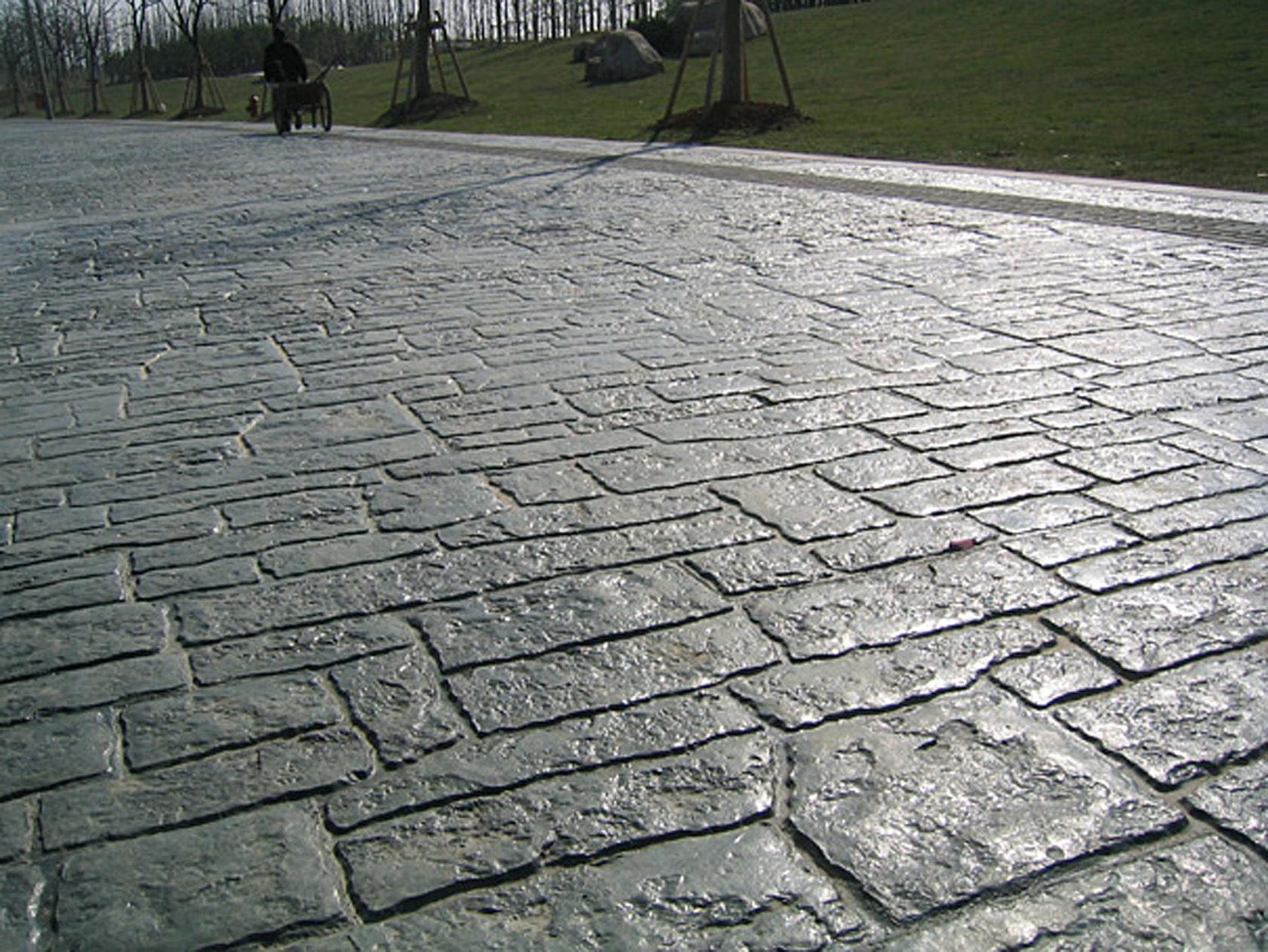 南平耐磨压花地坪材料|松溪彩色水泥压模地坪|政和仿石地面施工