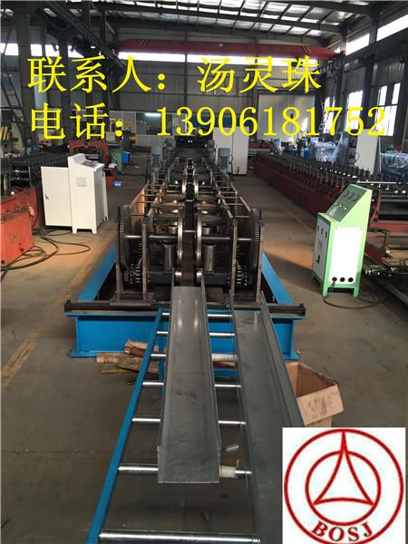 中國制造電纜橋架成型設備