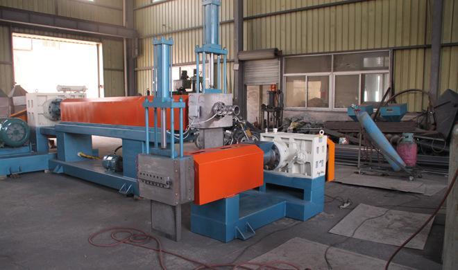 郑州塑料再生机器