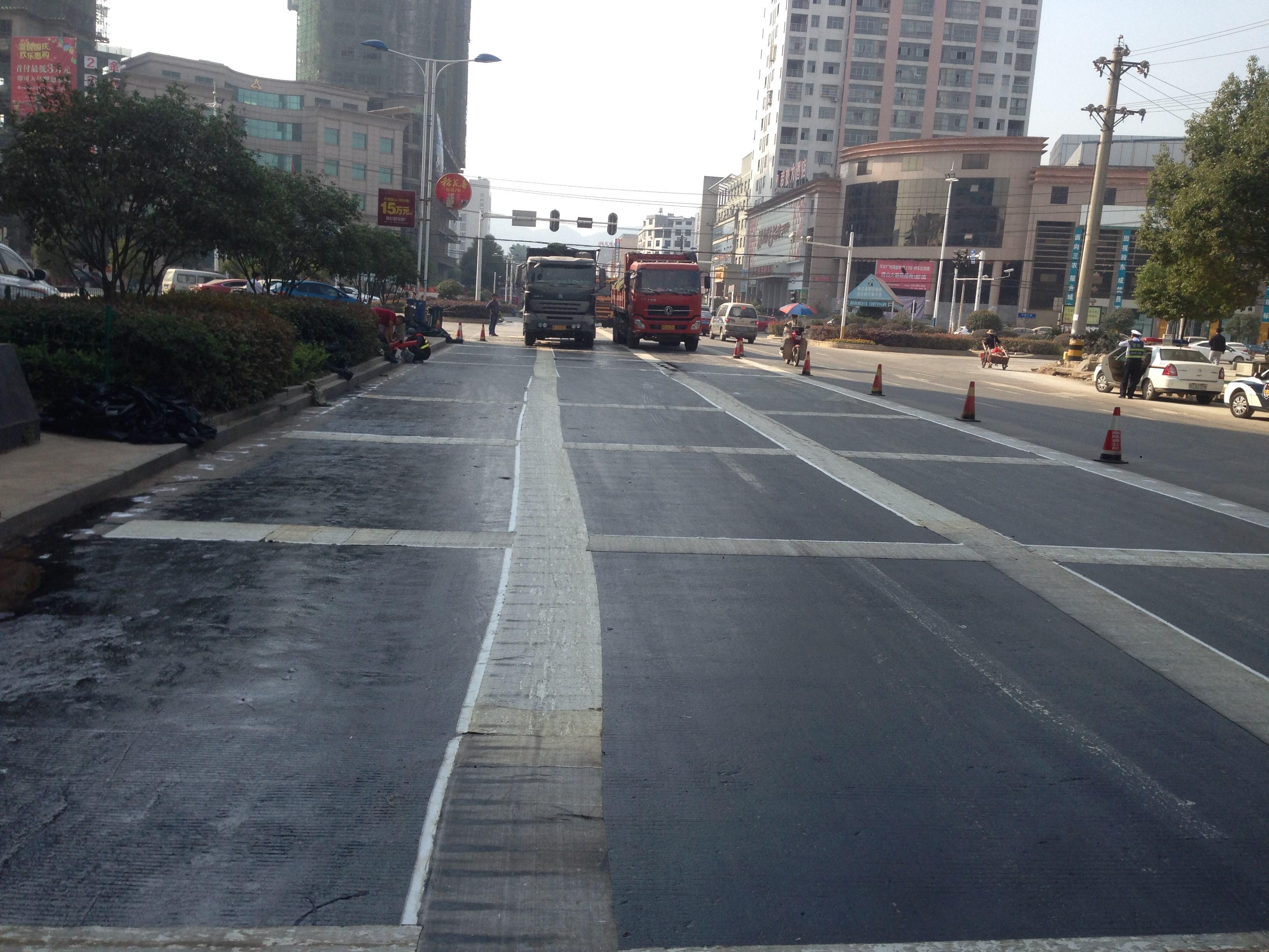福建省泰宁县高速公路,防裂贴,必选的土工材料,明星产品