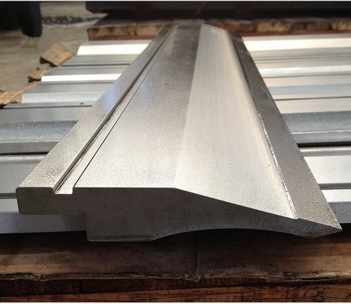 折弯机模具 42crmo 尖刀 上模 数控折弯机模具 专业定做刀片