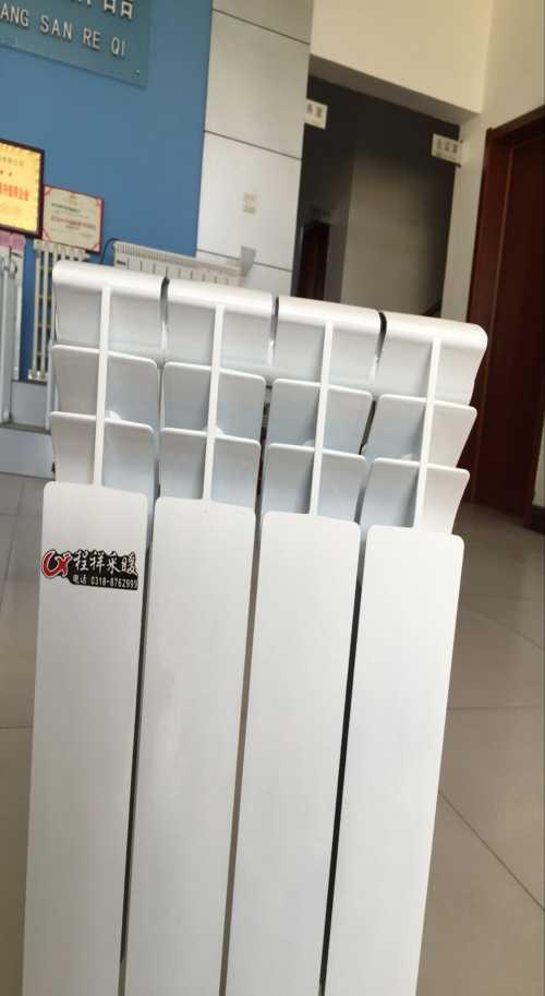 钢制板式暖气片厂家_铜铝复合暖气片型号_钢制板式暖气片