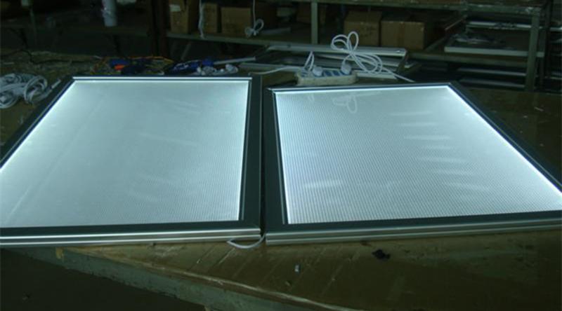 甘肃亚克力匀光板uv平板打印机多少钱一台