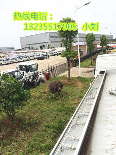 临淄国五5-30吨油罐车包上户可分期多少钱