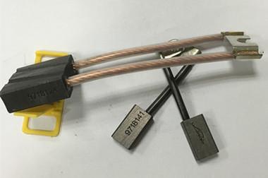 林德E20P/C1X335提升碳刷0009718124
