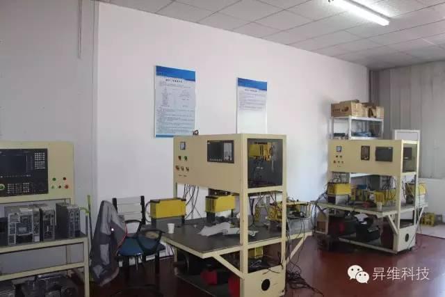 數控系統維修 伺服電機主軸電機觸摸顯示屏工業電源工業顯示器維修