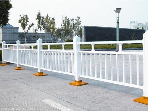 道路护栏,交通护栏,热镀锌道路护栏