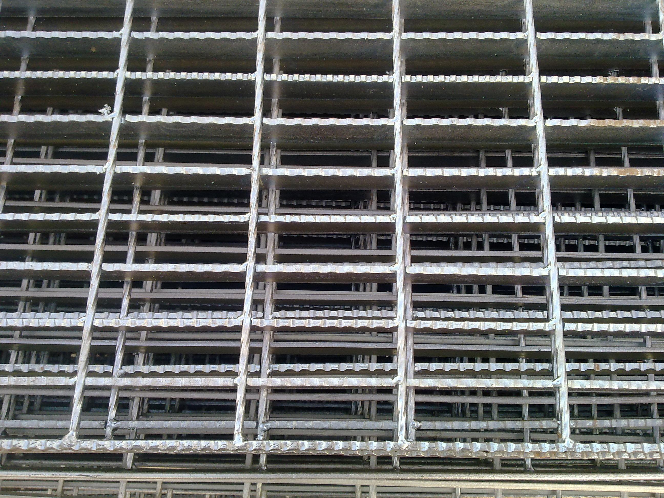上海镀锌钢格板上海钢格栅板厂家上海压焊钢格板上海特殊钢格栅板