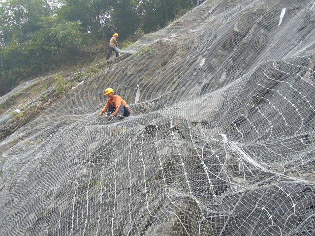 边坡挂网,边坡金属挂网,钢丝绳边坡挂网