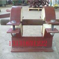 品质好的J13红松木双螺栓管夹销售