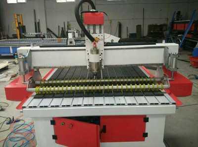 供应吸塑板木工开料机 双色板木工雕刻机