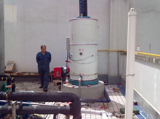 我公司为学校澡堂安装的热水锅炉