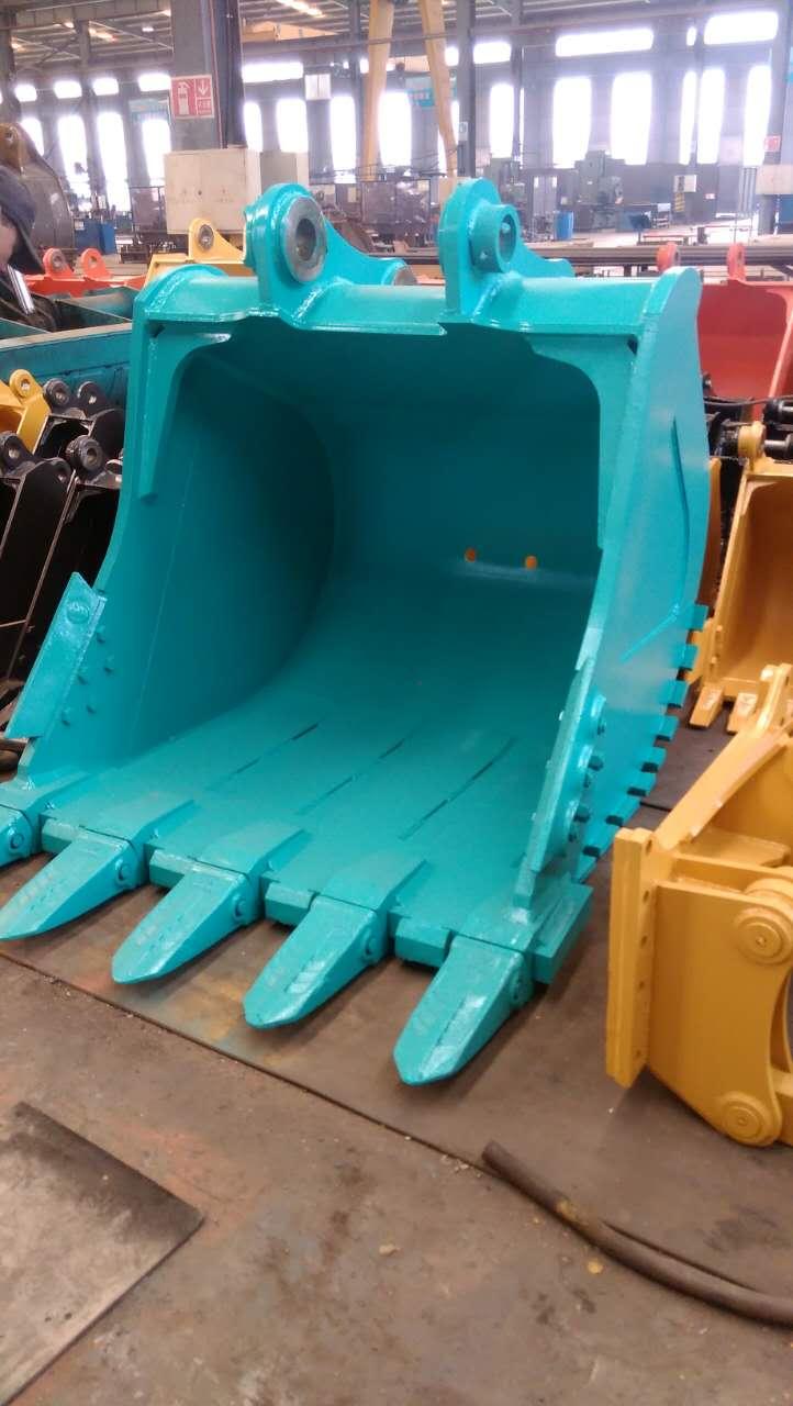 厂家供应  神钢210 挖掘机挖斗  土方斗 岩石斗  定做挖斗