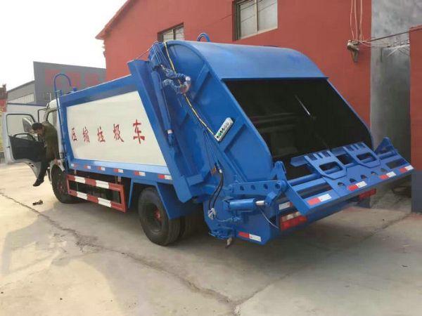 鹤壁大型垃圾车 三轮垃圾车各种吨位垃圾车