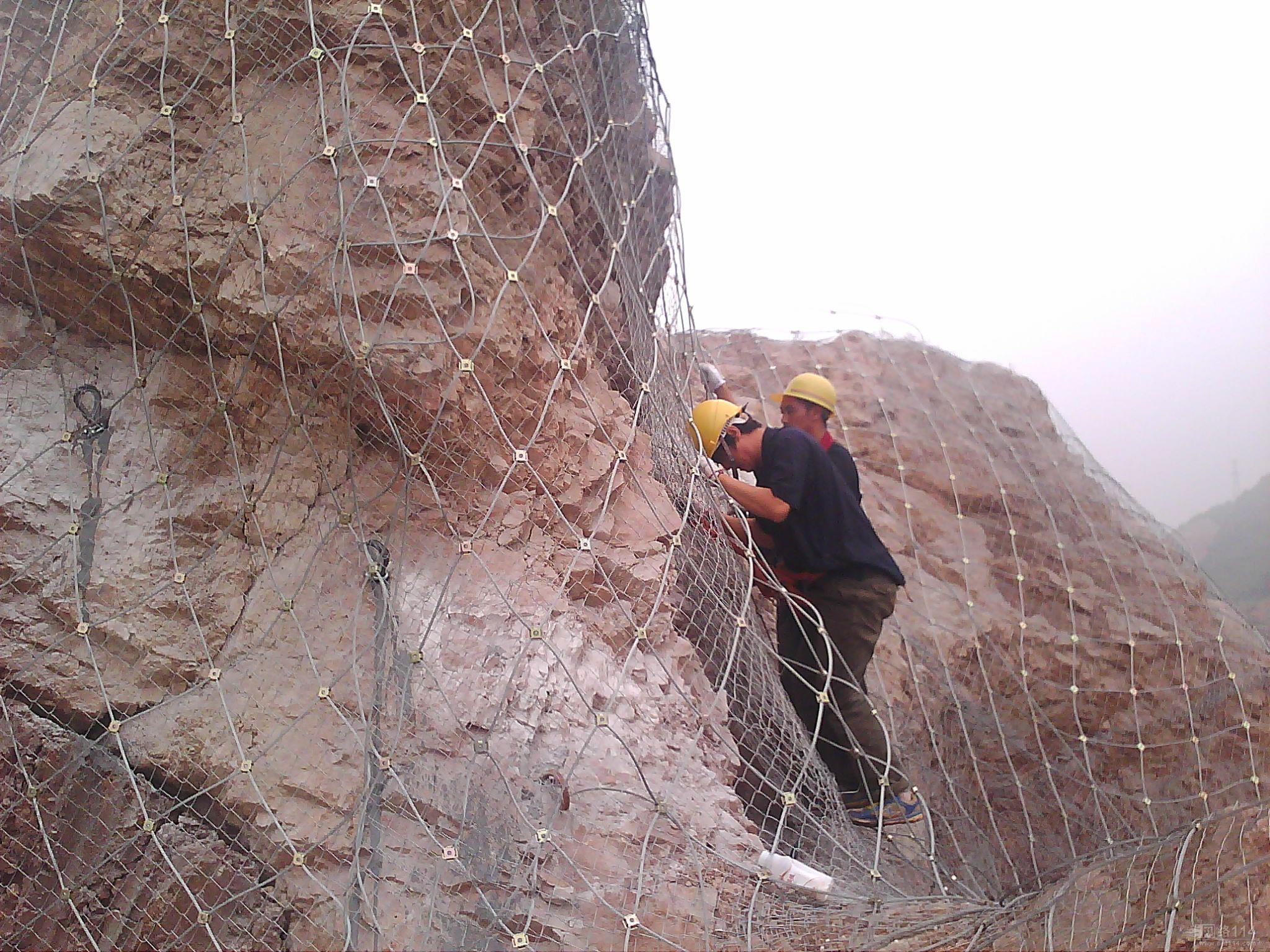 新疆民丰防护网厂家