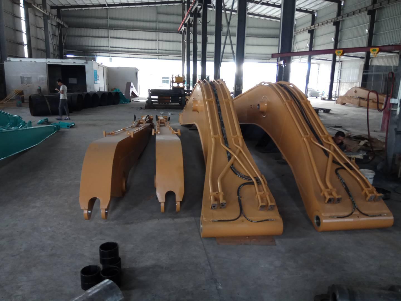 供应挖机加配重 改装长臂厂家