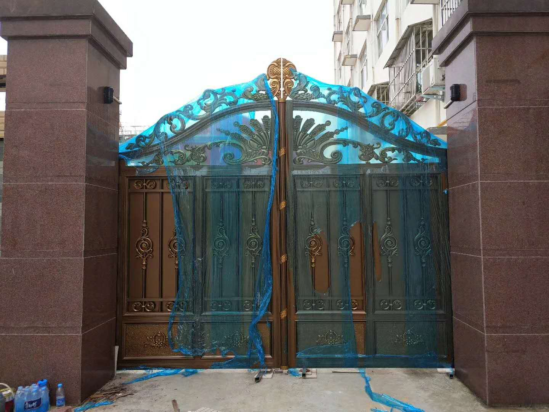 郑州庭院自动大门安装、设计方案别墅人行通道门