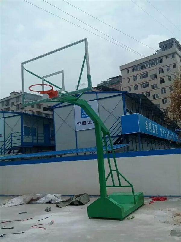 南宁篮球架哪里有生产厂家