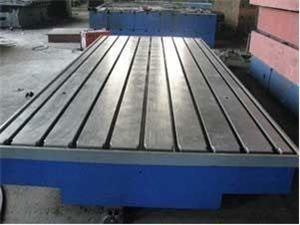 鑄鐵平板在鑄造過程中的控制問題