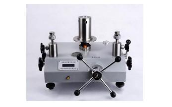供應西安拓儀ty型高檔型活塞式壓力計