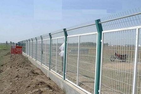 公路圍欄網|高速公路護欄網|隔離柵生產廠家