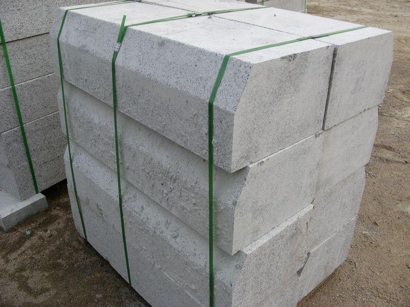 塑料隔离墩 玻璃钢隔离墩 重庆佳利科技实业有限公司