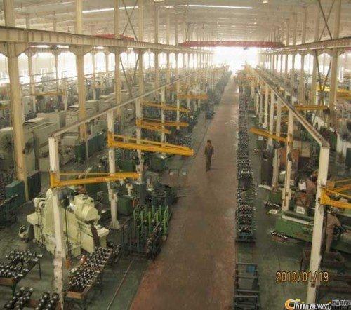 销售悬臂起重机批发商专业液压升降平台哪家好广西港航矿山起重机有限公司