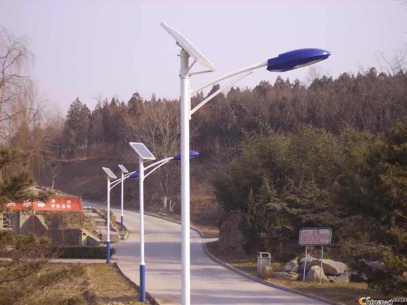 供應成都區太陽能路燈廠家