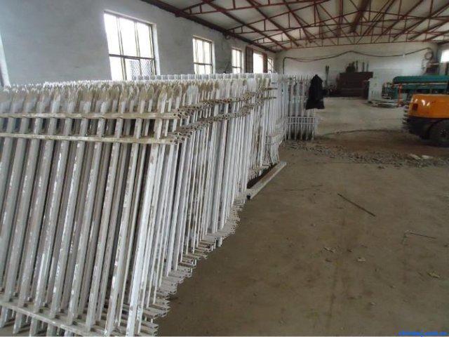 河北天磊處理庫存|鐵藝圍欄|工藝護欄網廠|防護隔離更安全美觀