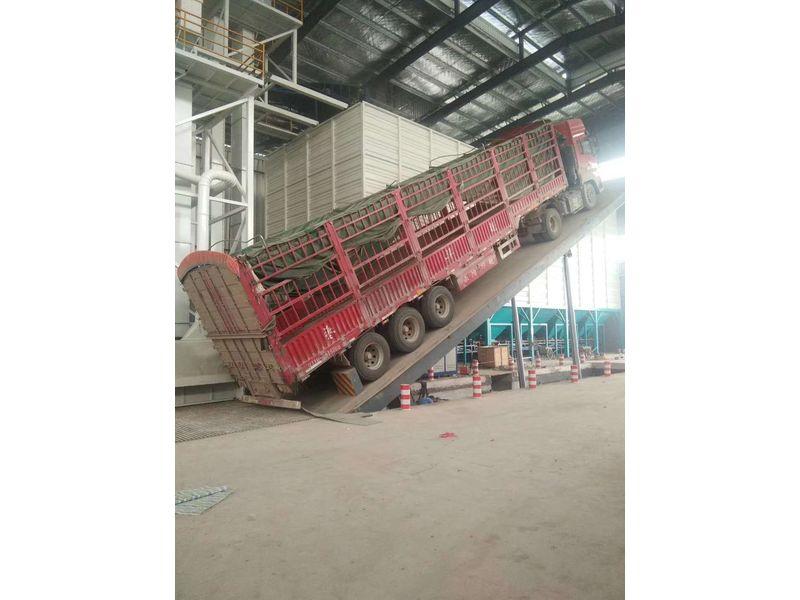 大型汽車快速卸車液壓翻板卸車機