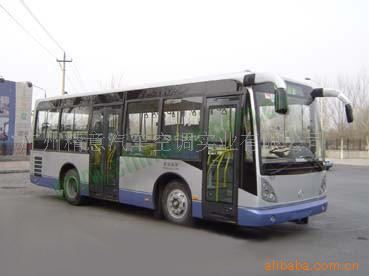 客车/欧三排放公交车/8米多长