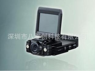 高清行车记录仪、汽车黑匣子行驶记录仪、LED红外灯行车记录仪