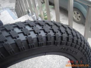 12*2.4輪胎