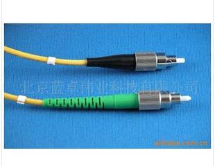 多种高品质高质量的光纤跳线
